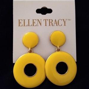 Ellen Tracy earring set